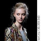 Купить «Mercedes-Benz Madrid Fashion Week Spring/Autumn 2018 - Teresa Helbig - Runway Featuring: Model Where: Madrid, Spain When: 17 Sep 2017 Credit: Oscar Gonzalez/WENN.com», фото № 30359543, снято 17 сентября 2017 г. (c) age Fotostock / Фотобанк Лори