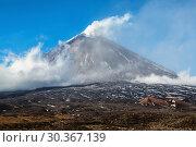 Действующий вулкан (2016 год). Стоковое фото, фотограф А. А. Пирагис / Фотобанк Лори
