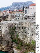 Mostar traditional house in old town, Bosnia and Herzegovina (2018 год). Редакционное фото, фотограф Николай Коржов / Фотобанк Лори