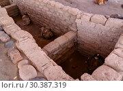 Купить «Ancient preinca nazca civilisation cemetery of Chauchilla, Nazca, Peru», фото № 30387319, снято 11 марта 2018 г. (c) Сергей Майоров / Фотобанк Лори