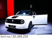 Купить «Honda e Prototype», фото № 30388259, снято 10 марта 2019 г. (c) Art Konovalov / Фотобанк Лори