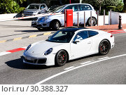 Купить «Porsche 911 Carrera GTS», фото № 30388327, снято 12 марта 2019 г. (c) Art Konovalov / Фотобанк Лори