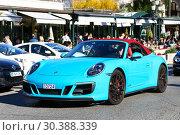 Купить «Porsche 911 Carrera GTS», фото № 30388339, снято 12 марта 2019 г. (c) Art Konovalov / Фотобанк Лори