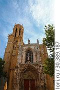 Купить «Cathedral in Aix-en-Provence in Southern France», фото № 30389187, снято 22 июня 2018 г. (c) Anton Eine / Фотобанк Лори