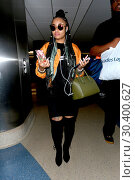 Blac Chyna on her arrival at Los Angeles International Airport in... (2017 год). Редакционное фото, фотограф WENN.com / age Fotostock / Фотобанк Лори
