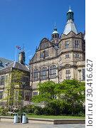 Купить «Sheffield Town Hall. Sheffield. England», фото № 30416627, снято 7 мая 2009 г. (c) Serg Zastavkin / Фотобанк Лори