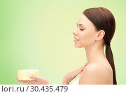 Купить «beautiful woman with moisturizing cream», фото № 30435479, снято 2 апреля 2011 г. (c) Syda Productions / Фотобанк Лори