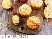 Купить «Несладкие пшенные кексы», фото № 30448731, снято 30 марта 2019 г. (c) Надежда Мишкова / Фотобанк Лори