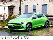 Купить «Volkswagen Scirocco», фото № 30448935, снято 15 марта 2019 г. (c) Art Konovalov / Фотобанк Лори