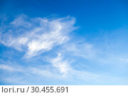 Blue sky at daytime with cirrus clouds. Стоковое фото, фотограф EugeneSergeev / Фотобанк Лори