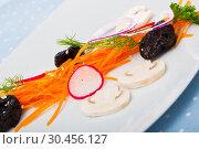 Купить «Salad with grated carrot», фото № 30456127, снято 24 апреля 2019 г. (c) Яков Филимонов / Фотобанк Лори