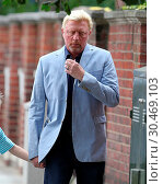 Купить «Well dressed Boris Becker and Lilly Becker take their son Amadeus on a family day out while on a break from the Wimbledon Championships. Boris is seen...», фото № 30469103, снято 9 июля 2017 г. (c) age Fotostock / Фотобанк Лори