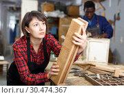 Купить «Artisan in process of creation furniture», фото № 30474367, снято 2 февраля 2019 г. (c) Яков Филимонов / Фотобанк Лори
