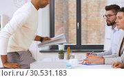 Купить «recruiters having interview with employee», видеоролик № 30531183, снято 29 марта 2019 г. (c) Syda Productions / Фотобанк Лори