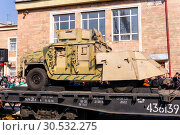 Improvised armored car of terrorists on a railway flatcar (2019 год). Редакционное фото, фотограф Евгений Харитонов / Фотобанк Лори
