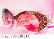 Купить «Glamour sunglasses», фото № 30539511, снято 30 января 2013 г. (c) Tryapitsyn Sergiy / Фотобанк Лори