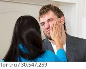 Купить «Upset woman slap her partner», фото № 30547259, снято 23 ноября 2013 г. (c) Tryapitsyn Sergiy / Фотобанк Лори