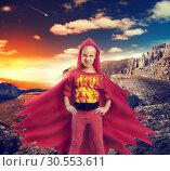 Купить «Angry girl in mountains», фото № 30553611, снято 8 августа 2015 г. (c) Tryapitsyn Sergiy / Фотобанк Лори
