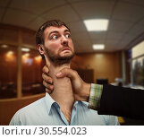 Man with woman's hand on his neck. Стоковое фото, фотограф Tryapitsyn Sergiy / Фотобанк Лори
