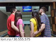 People in bowling. Стоковое фото, фотограф Tryapitsyn Sergiy / Фотобанк Лори