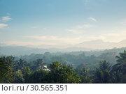 Купить «Scenic green mountains anb jungles, Ceylon», фото № 30565351, снято 23 февраля 2017 г. (c) Tryapitsyn Sergiy / Фотобанк Лори
