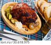Купить «Beer roasted pork knuckle», фото № 30618975, снято 23 ноября 2019 г. (c) Яков Филимонов / Фотобанк Лори