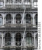 Купить «Facade of residential building, New York City, New York State, USA», фото № 30653551, снято 13 декабря 2019 г. (c) Ingram Publishing / Фотобанк Лори
