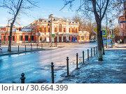 Купить «Театр Драмы Пушкина Pushkin Drama Theater», фото № 30664399, снято 16 февраля 2019 г. (c) Baturina Yuliya / Фотобанк Лори