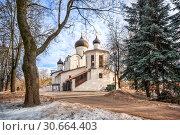 Церковь Василия на Горке во Пскове. Basil's Church on the Hill in Pskov (2019 год). Стоковое фото, фотограф Baturina Yuliya / Фотобанк Лори