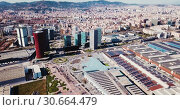 Купить «Aerial view square of the Europe at Gran Via district. Barcelona, Catalonia», видеоролик № 30664479, снято 12 апреля 2019 г. (c) Яков Филимонов / Фотобанк Лори