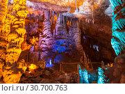 Купить «Stalactite cave Sorek in Israel, Beit Shemesh district, Judean mountains», фото № 30700763, снято 9 июня 2018 г. (c) Наталья Волкова / Фотобанк Лори