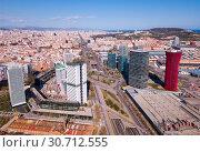 Купить «Aerial view square of the Europe at Gran Via district. Barcelona, Catalonia», фото № 30712555, снято 20 марта 2019 г. (c) Яков Филимонов / Фотобанк Лори