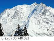 Massiv des Mont Blanc, v.l.n.r. Aiguille du Gouter, Dome du Gouter, Mont Blanc-Gipfel, Savoyen, Frankreich / Massif of the Mont Blanc, f.l.t.r. Aiguille... Стоковое фото, фотограф Zoonar.com/G Fischer / age Fotostock / Фотобанк Лори