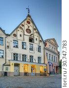 Купить «Street in Tallinn, Estonia», фото № 30747783, снято 27 июля 2018 г. (c) Boris Breytman / Фотобанк Лори