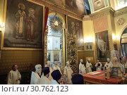 Купить «Литургия в Елоховском соборе Москвы», эксклюзивное фото № 30762123, снято 15 мая 2019 г. (c) Дмитрий Неумоин / Фотобанк Лори