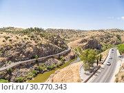 Купить «Толедо, Испания. Живописный каньон реки Тахо», фото № 30770343, снято 25 июня 2017 г. (c) Rokhin Valery / Фотобанк Лори