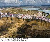 Купить «Aerial view of Arcos de la Frontera, Spain», фото № 30808767, снято 19 апреля 2019 г. (c) Яков Филимонов / Фотобанк Лори