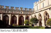 Купить «Architecture of cloister in courtyard of Monastery of Santa Maria de Santes Creus, Catalonia, Spain», видеоролик № 30818395, снято 11 февраля 2019 г. (c) Яков Филимонов / Фотобанк Лори