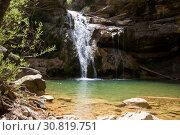 Pure mountain creek with green water. Стоковое фото, фотограф Яков Филимонов / Фотобанк Лори