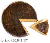 Купить «Wheel of cheese Manchego with cut slice», фото № 30841171, снято 28 января 2020 г. (c) Яков Филимонов / Фотобанк Лори