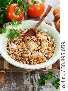 Купить «Buckwheat porridge with meat», фото № 30895059, снято 7 марта 2019 г. (c) Надежда Мишкова / Фотобанк Лори