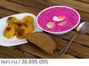 Купить «Cold yogurt beetroot soup», фото № 30895095, снято 26 июня 2018 г. (c) Яков Филимонов / Фотобанк Лори