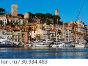 Купить «Picture of port of Cannes old city at the French Riviera», фото № 30934483, снято 3 декабря 2017 г. (c) Яков Филимонов / Фотобанк Лори