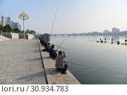 Купить «Pyongyang, North Korea. Kim Il Sung square», фото № 30934783, снято 1 мая 2019 г. (c) Знаменский Олег / Фотобанк Лори