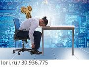 Купить «Employee losing energy from too much work», фото № 30936775, снято 16 июля 2019 г. (c) Elnur / Фотобанк Лори