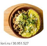 Купить «Braised meat with mashed potatoes», фото № 30951527, снято 15 октября 2019 г. (c) Яков Филимонов / Фотобанк Лори