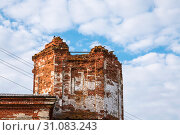 Купить «Sights of the Saratov region. Historical building in the Volga region of Russia 19th century 1872 year. A series of photographs of an old abandoned ruined church of the Church of St. Michael the Archangel in the village of Loh», фото № 31083243, снято 23 июня 2019 г. (c) Светлана Евграфова / Фотобанк Лори