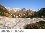 Snow in Chimgan mountains, Uzbekustan, in the evening. Стоковое фото, фотограф YAY Micro / easy Fotostock / Фотобанк Лори