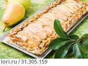 Купить «Homemade delicious fruit pie from autumn pears», фото № 31305159, снято 29 августа 2018 г. (c) easy Fotostock / Фотобанк Лори