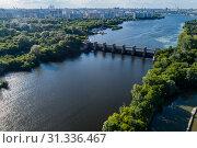 Москва, вид сверху на Перервинскую плотину и гидроузел (2019 год). Стоковое фото, фотограф glokaya_kuzdra / Фотобанк Лори